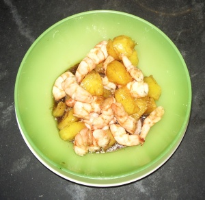 Petite Salade fraiche de crevettes à l'ananas