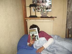 flo et Harry Potter, dans son lit,  minuit 15, 26/10/2007