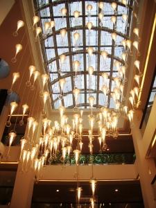 Le lustre et la verrière à Nice-Etoile