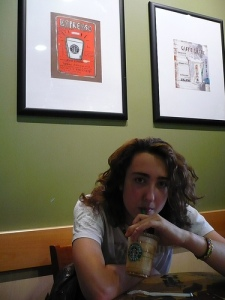 Flo au Starbucks