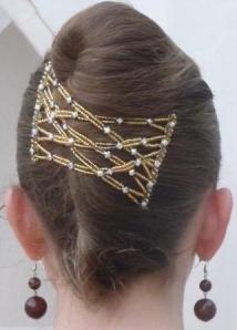 Magic-hair-brooch